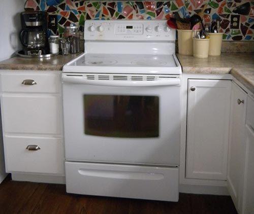 How To Clean Inside The Glass On An Oven Door Iseeidoimake