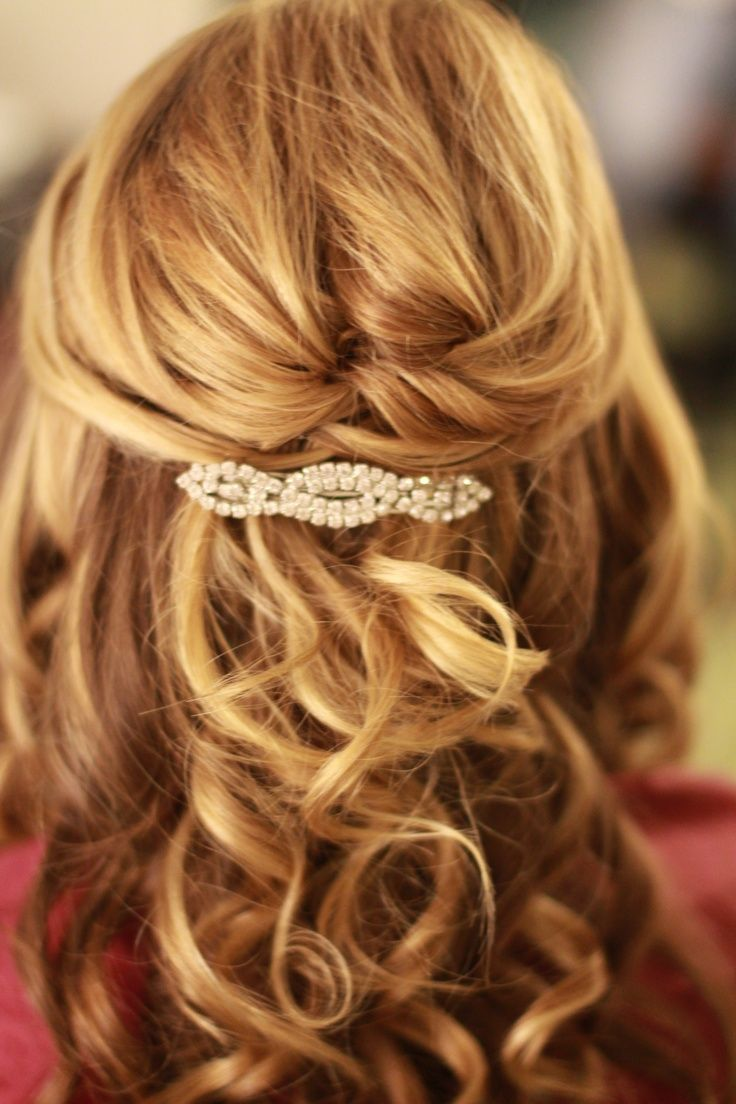 Wedding Hairstyles For Medium Hair Half Up Half Downhalf Updo Medium Length Hair Styles Medium Hair Styles Mother Of The Bride Hair