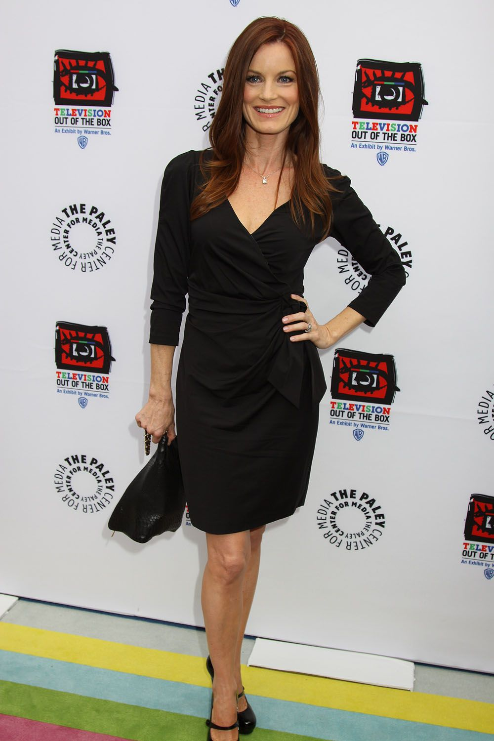 picture Laura Leighton