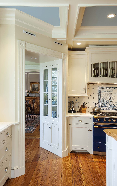Gallery 109 | White cottage kitchens, Shabby chic kitchen ...
