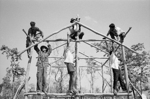 Photojournalist John Vink's documentation of land battles and forced resettlement in Cambodia, now also as an iPad app