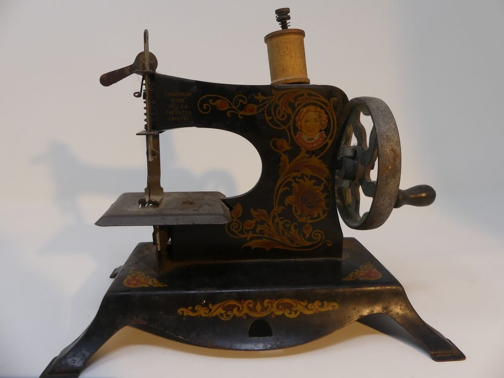 Antique Toy Sewing Machine Little Miss Lindstrom Hand Crank