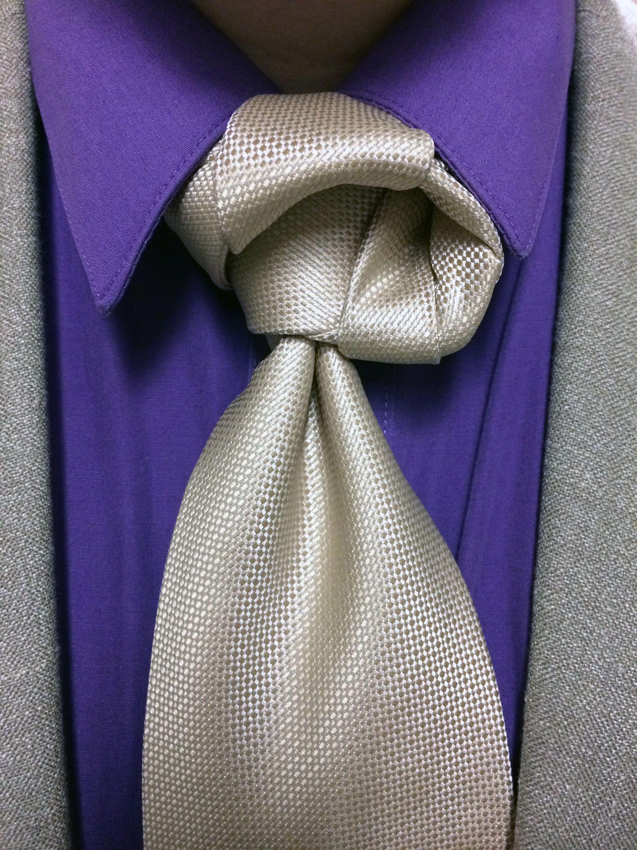 Crazy Tie Knot Keliauksumanimi Balthus How To A Necktie Agreeordie Knots Ties Dye Outfits Neck