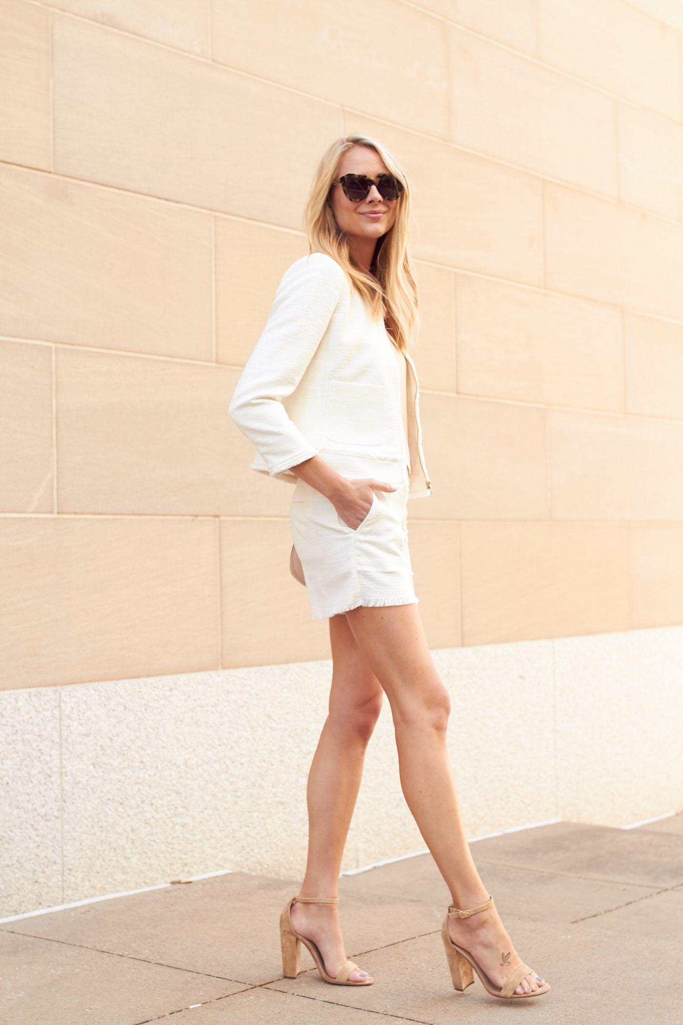fc06e3b9a4e5c fashion-jackson-steve-madden-carrson -sandals-white-tweed-fringe-jacket-white-tweed-fringe-shorts