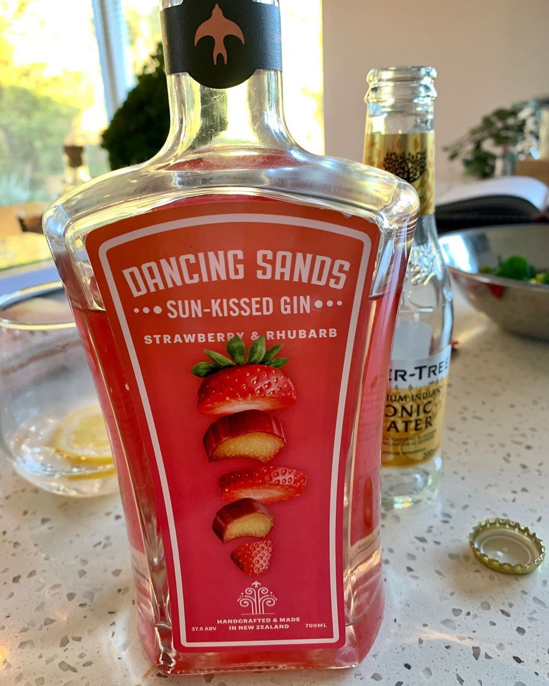 This Is Without Question My Favourite Gin In The Universe How It Manages Sweet And Spice While Maintaining That Distinctive Gin Flavo In 2020 Food Gin Lovers Rhubarb