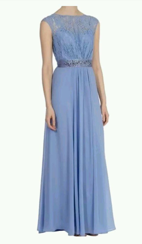 23f9222dd22 COAST LORI LEE CORNFLOWER LACE MAXI DRESS SIZE 10 PETITE NEW WITH TAGS The  colour is described as Cornflower. The Lori Lee Lace Dress features a sheer  ...