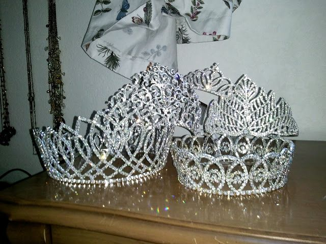 Crowns and tiaras, oh my! The Jewel Toned Life: Leona Valley Community Queens Pageant