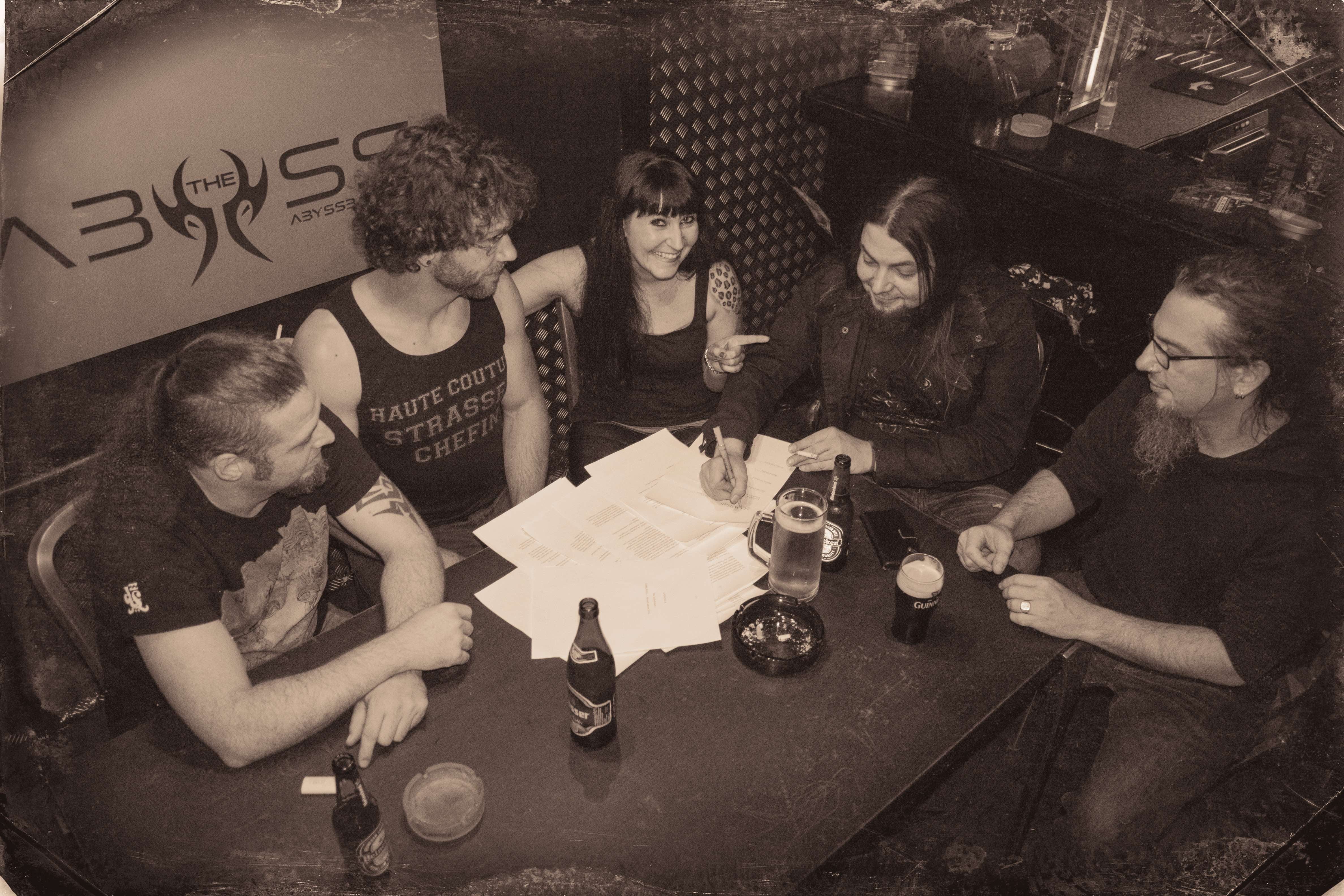 BEHIND THE VEIL WEBZINE BLOG: DARKWELL signs with Massacre Records