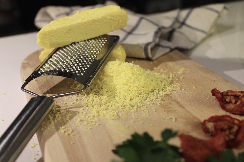 Quesoscaseros.com Queso tipo Parmesano casero. Como hacer queso tipo parmigiano en casa . Los ingredientes los encuentras en la web