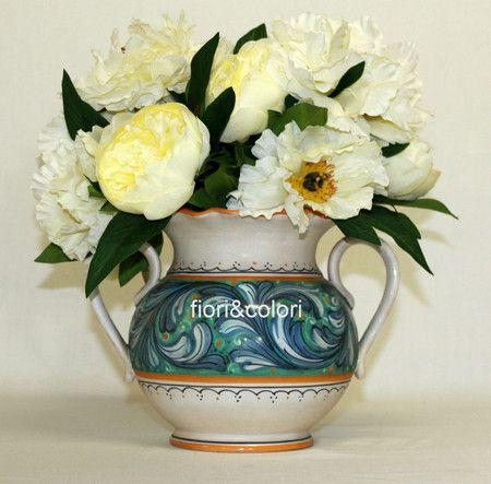 Conca con peonie - Fiori a Fermo #vaso #fiori #compra #online #peonie #matrimonio #rustico