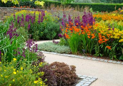 Hot Garden Rhs Rosemoor Landscape Design Garden Cornwall Garden