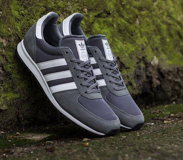 adidas Originals Adistar Racer – St Crag / Black – Running White
