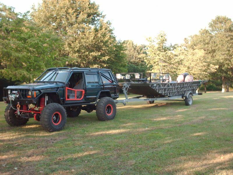 Jeepys Nice Jeep Xj Modified And Pulling Boat Jeep Xj Jeep Xj