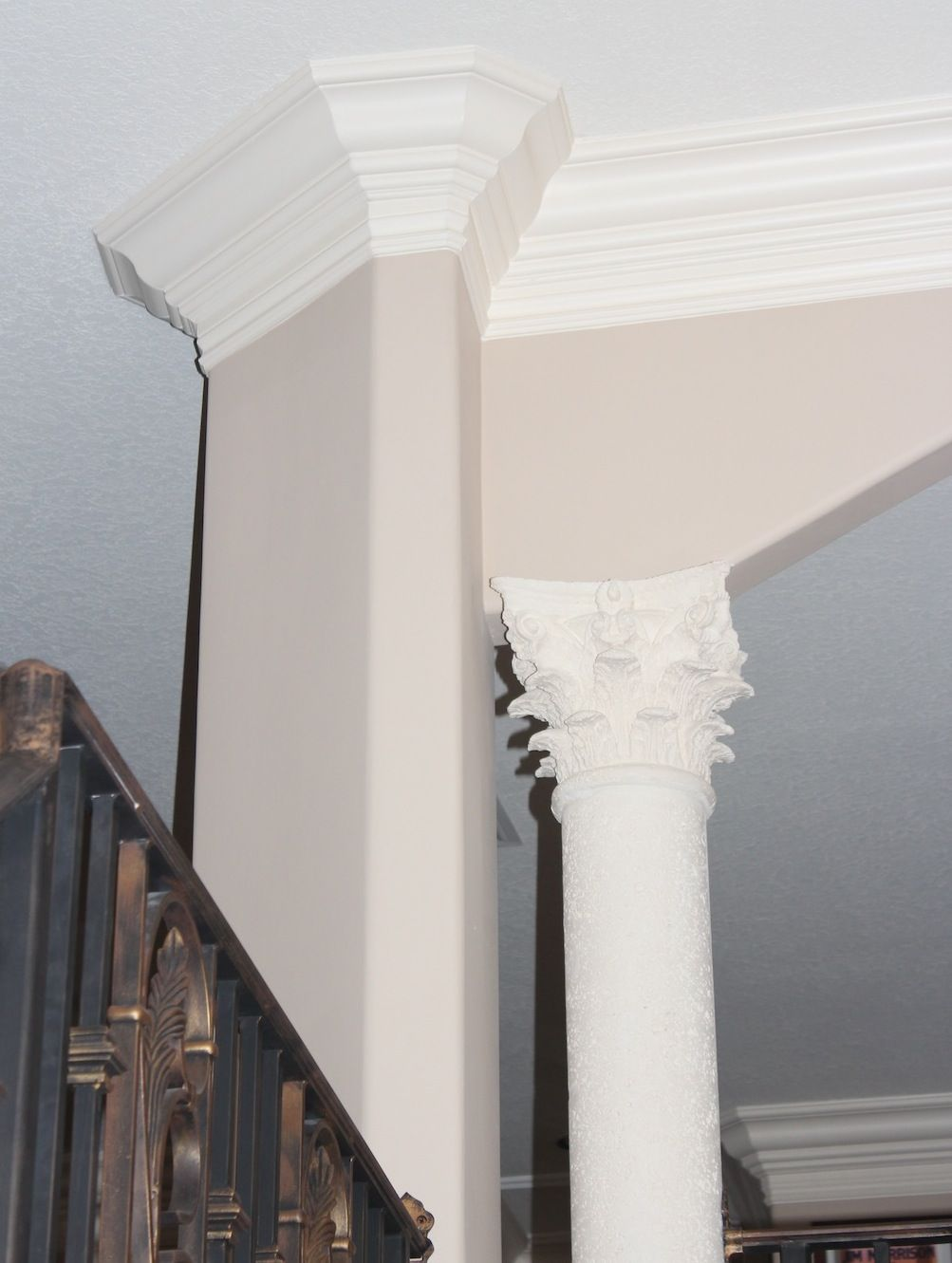 Best Double Crown Molding Iron Handrail And Corinthian Column 640 x 480