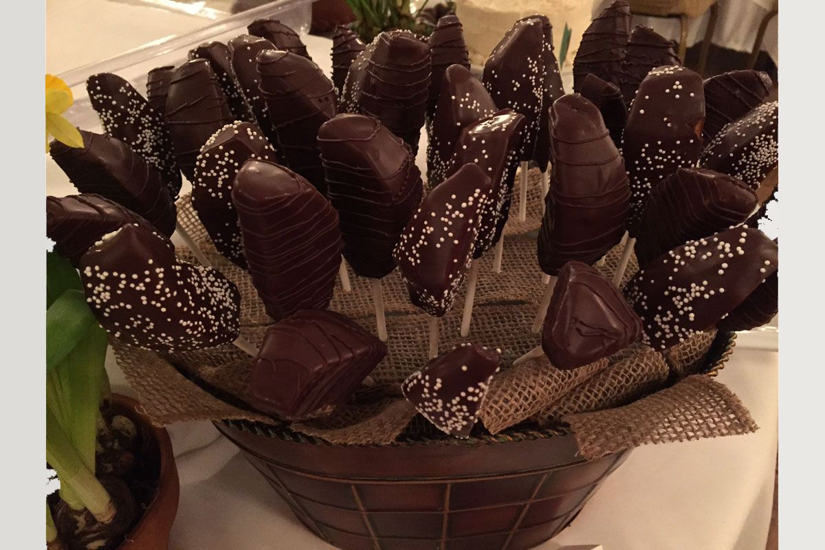 Monson mass cupcakes custom cakes chocolate dipped