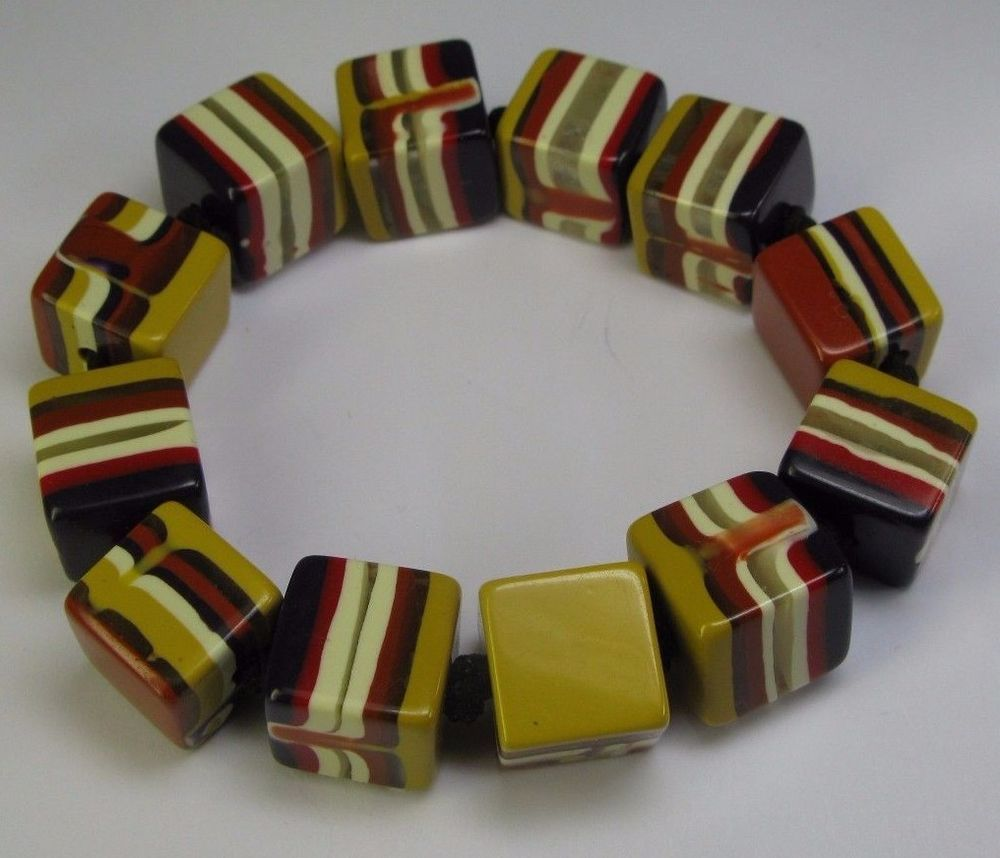Vintage Stretch Bracelet Clear Lucite Mixed Items & Lots Fashion Jewelry