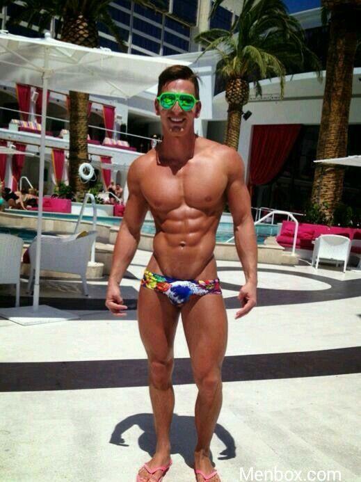 Amateur Men In Underwear