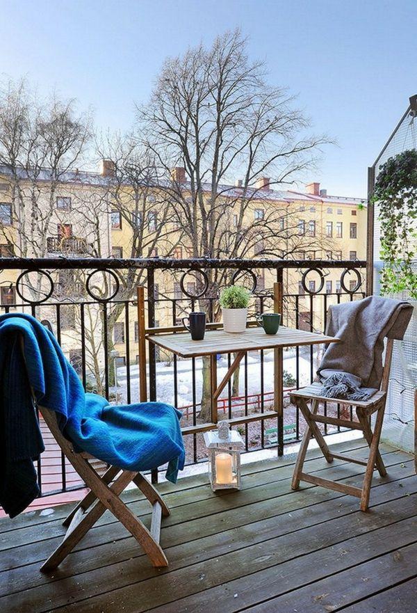 kleinen balkon gestalten laden sie den sommer zu sich ein kleiner balkon design kleine. Black Bedroom Furniture Sets. Home Design Ideas