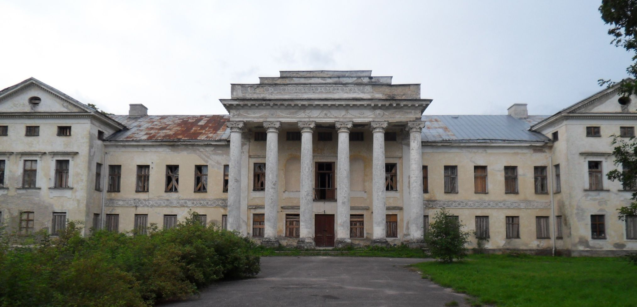 Abandoned Mansion Riisipere Abandoned Beauties