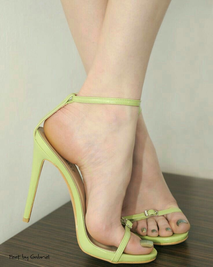 Sandalias Pin De Dixie Landino En FeetPinterest QCxBrdoeW