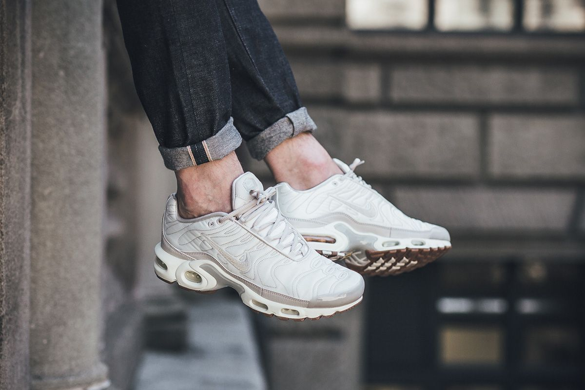 air max plus off white