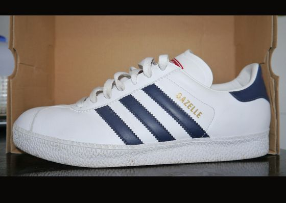 adidas gazelle leather white blue