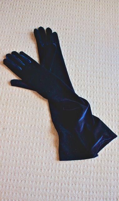 Dents long 'midnight-blue'/(navy) velvet evening gloves