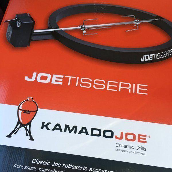 Check Out My Latest Big Green Accessory, The Kamado Joe