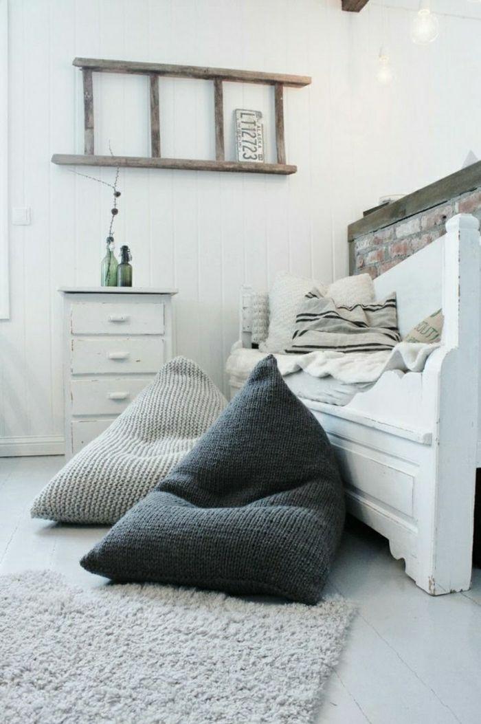 111 fotos von modernen und bequemen bodenkissen arbeit kissen bodenkissen und m bel. Black Bedroom Furniture Sets. Home Design Ideas