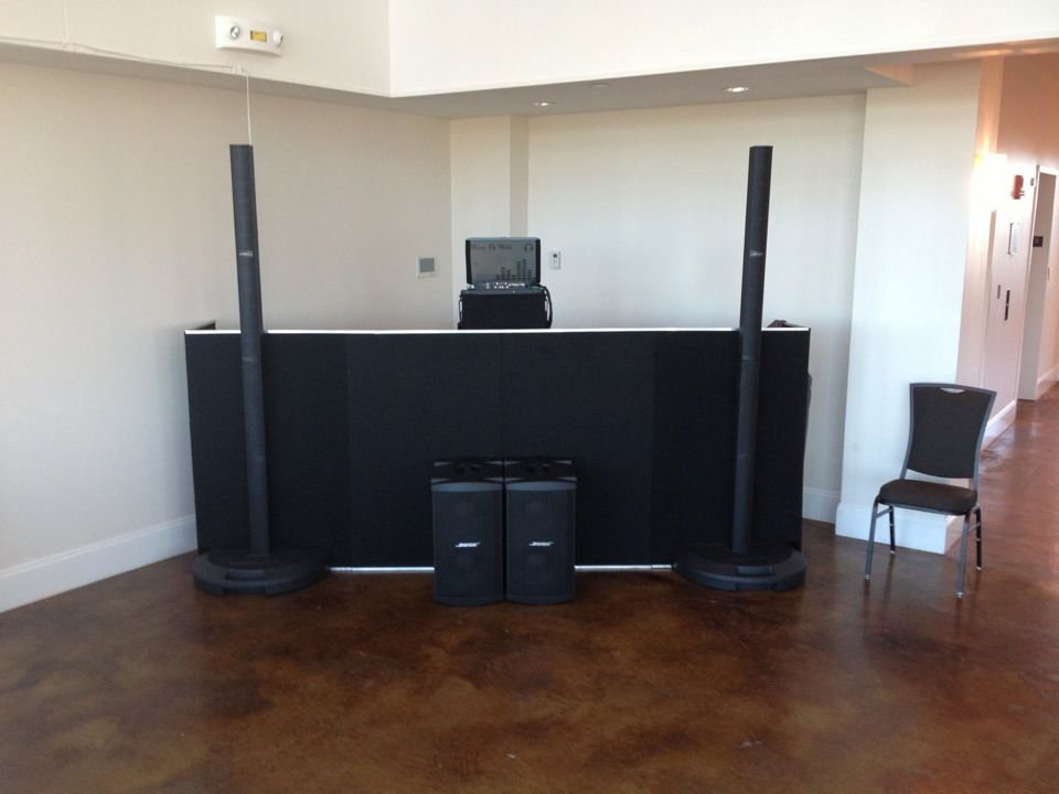 bose l1. bose l1 system at a reception.