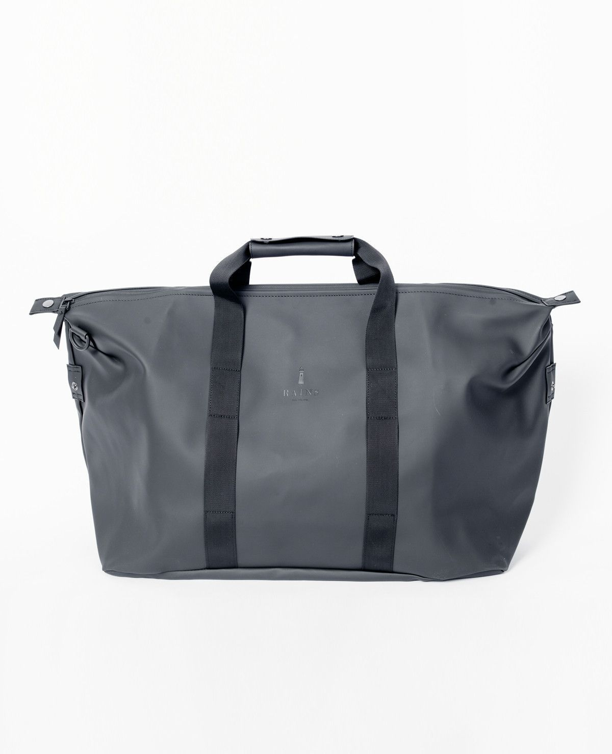 0c7cdd89bc97 RAINS Duffle Bag The bag is inspired by the classic travel bag. It has one