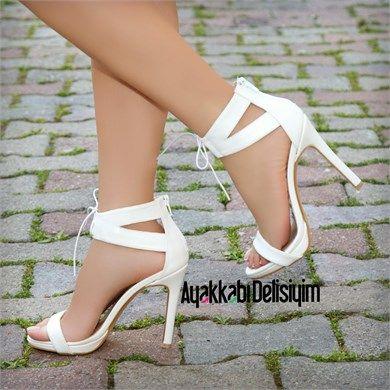 Bükreş Beyaz İnce Topuklu Gelin Ayakkabısı