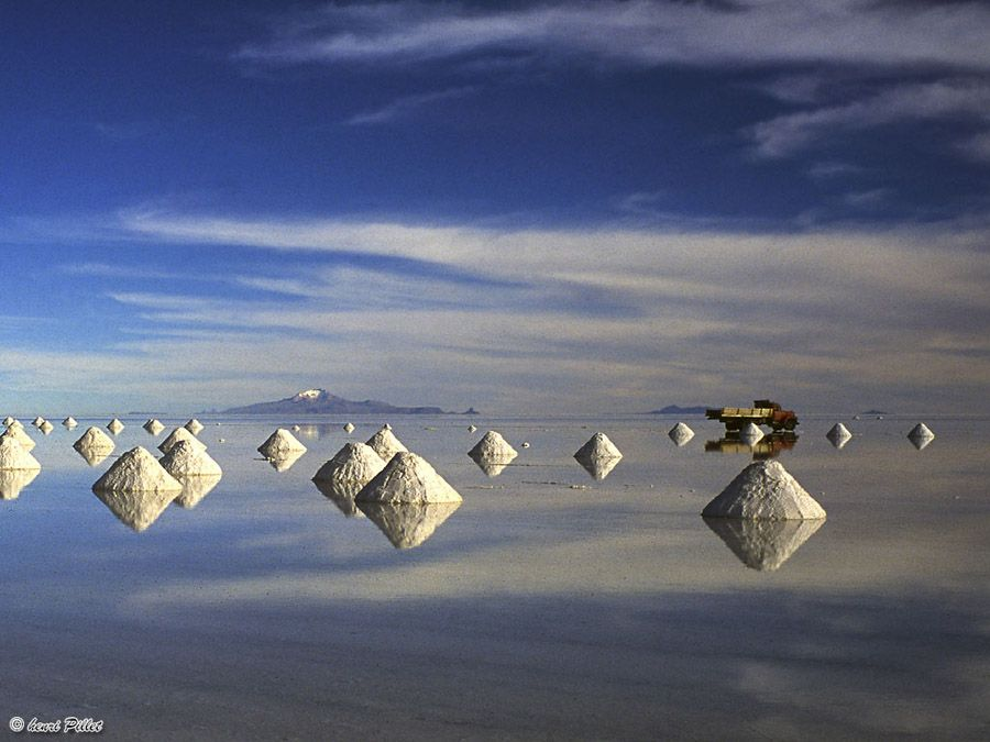 The 10 Most Unbelievable Places In The World | Bolivia salt flats ...