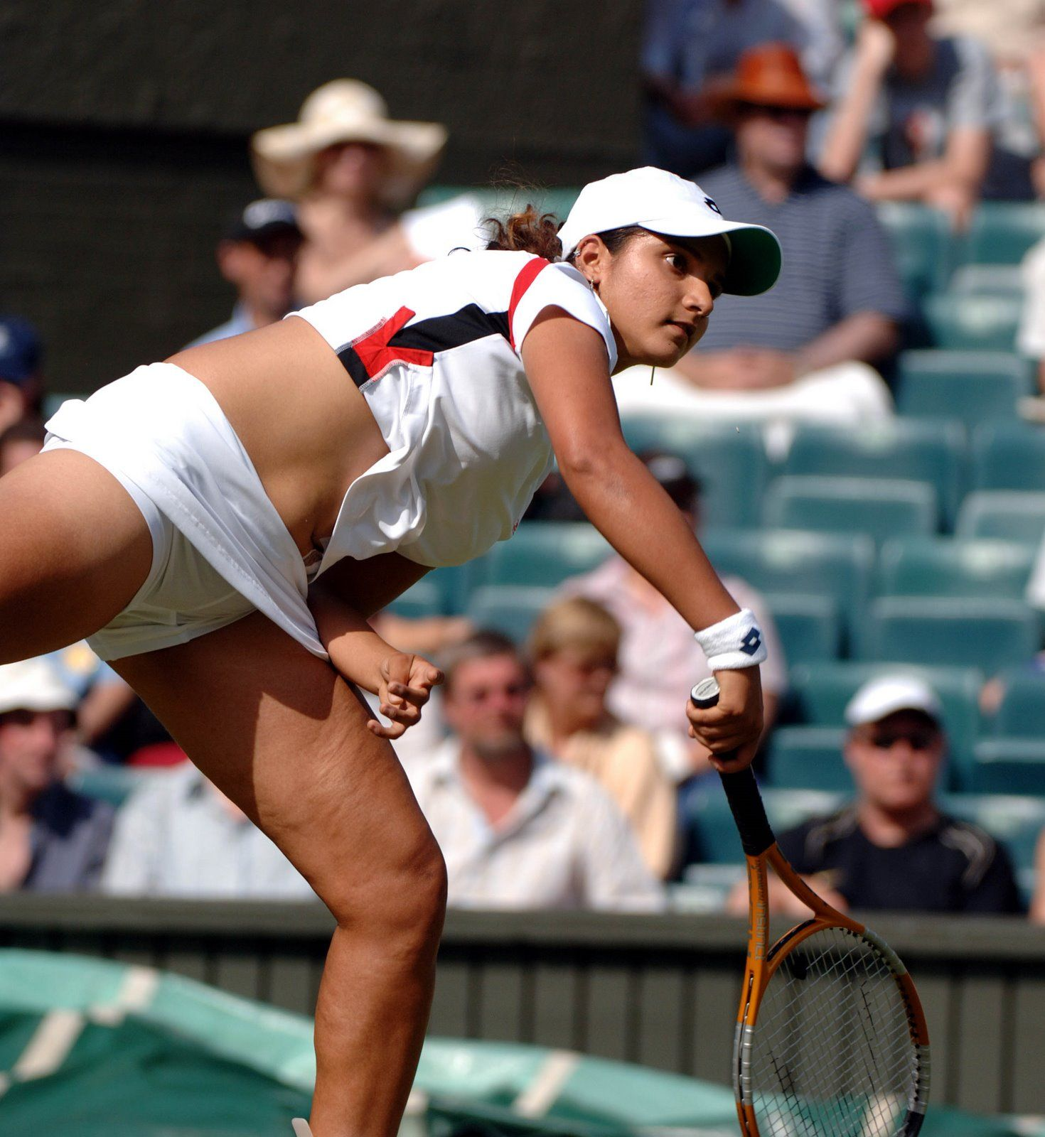sania mirza hot pics when she was playing gallery | hot south indian