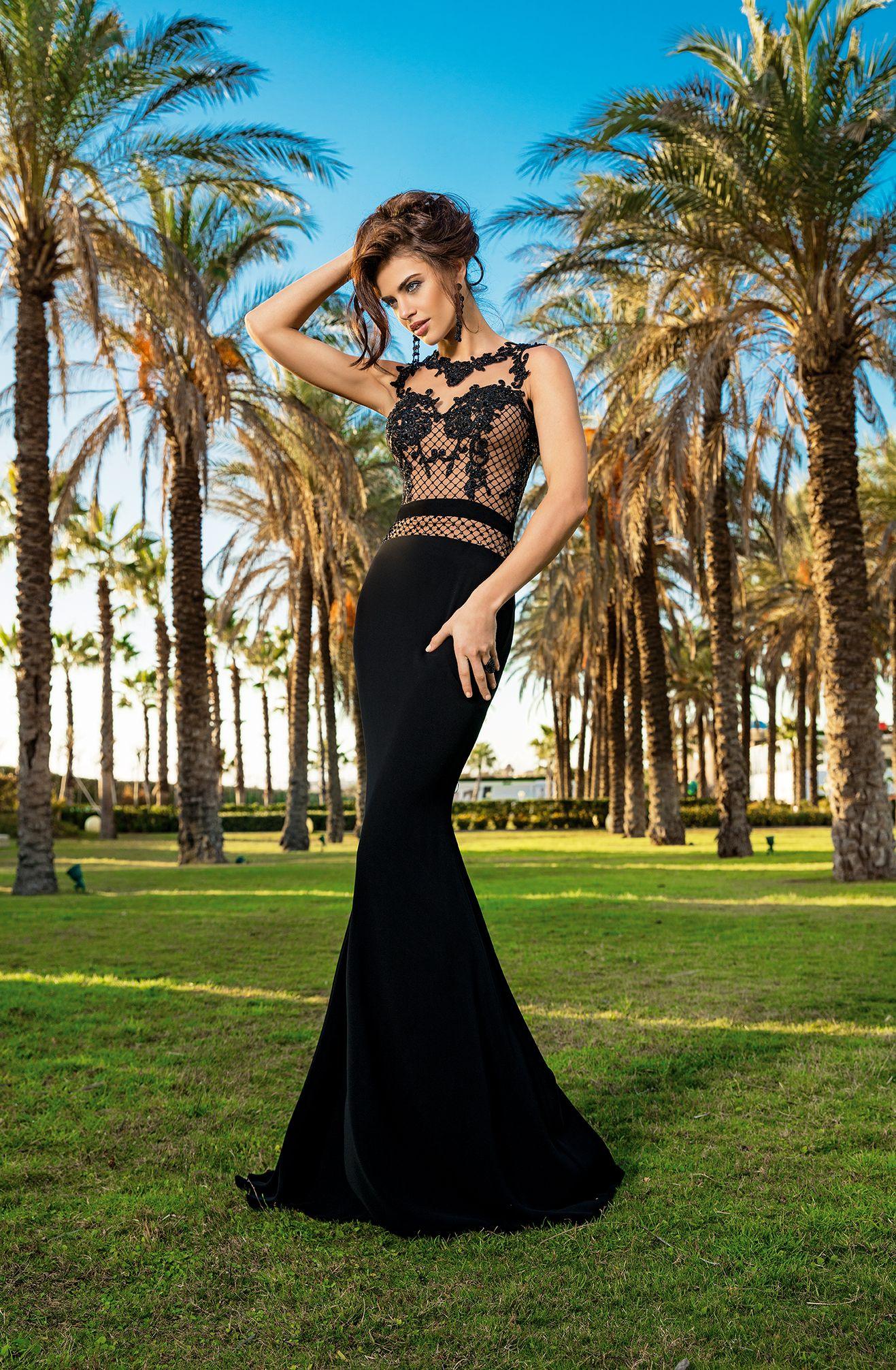 official photos 67d2a 4ca5d Invito Haute Couture   INVITO - 2018 COLLECTION   Formal ...
