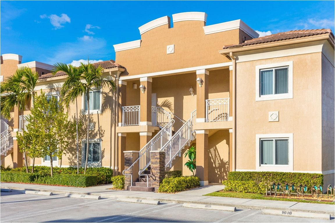 1 Bedroom Apartments For Rent In Hialeah Gardens Apartments For Rent 1 Bedroom Apartment Bedroom Apartment