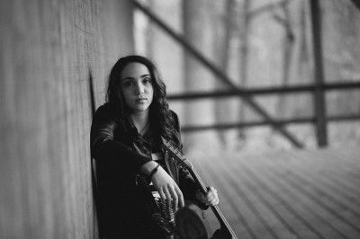 Amelia Scalies – Heartfelt Songs Come From A Young Talent