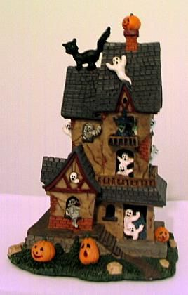 Haunted House Collectibles Ceramic Haunted House