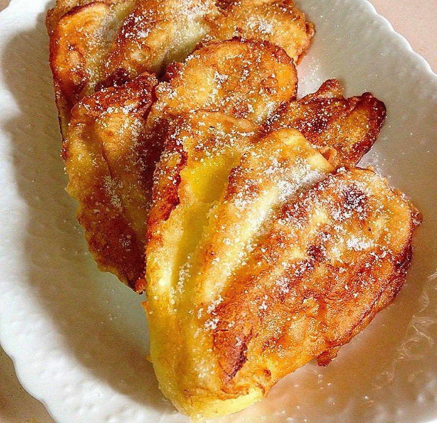 pinaypay na saging banana fan fritters are slices of banana plantains saging na saba coated in batter banana recipes banana fritters banana plantain recipe pinaypay na saging banana fan fritters