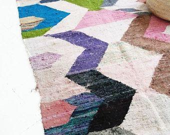 Vintage Kilim marroquí  BOUCHEROUITE alfombra zig-zag color