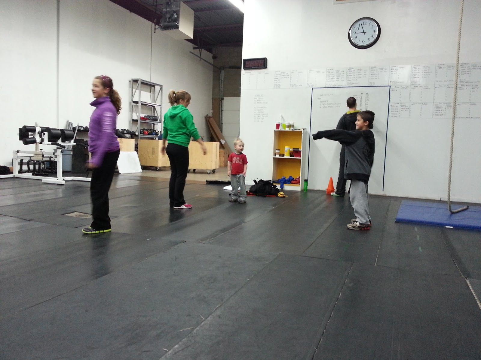 Iron Rogue: Review: Crossfit/Crossfit Kids at SquareOne Crossfit