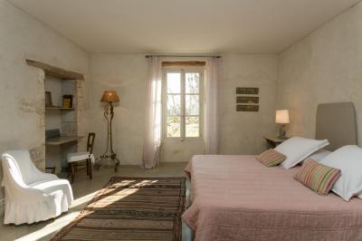 La Garance Janssens Immobilier Provence Salon Avec Cheminee Immobilier Maison
