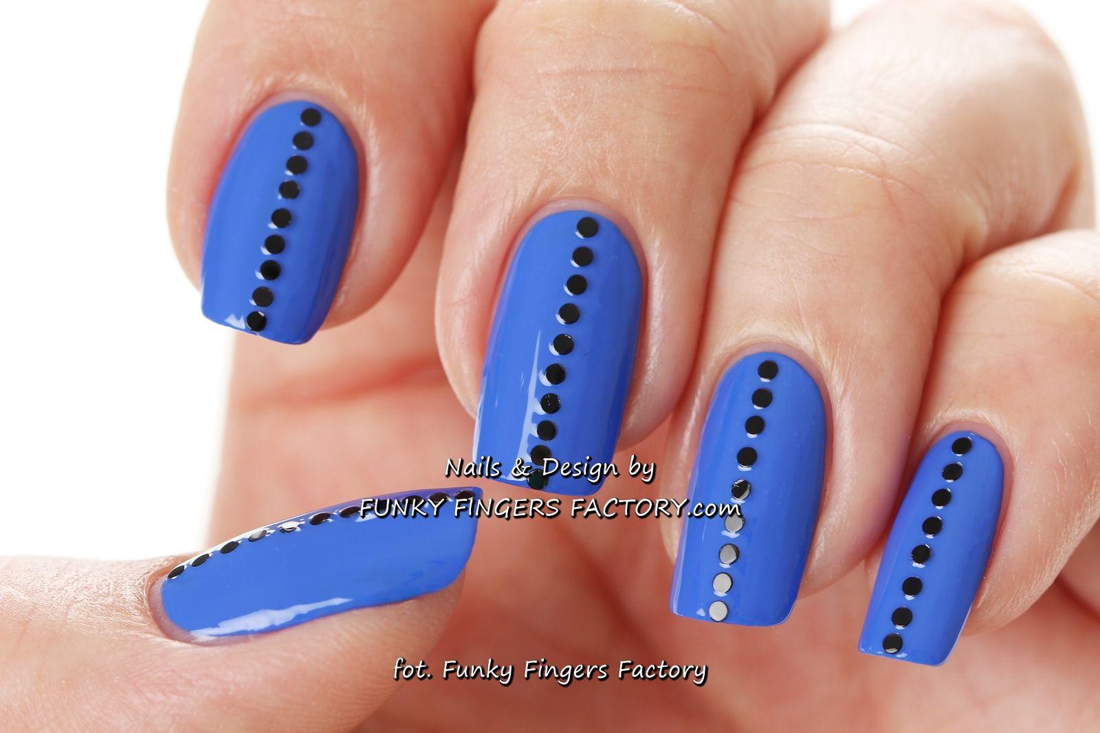 Blue Studded nails by www.funkyfingersfactory.com