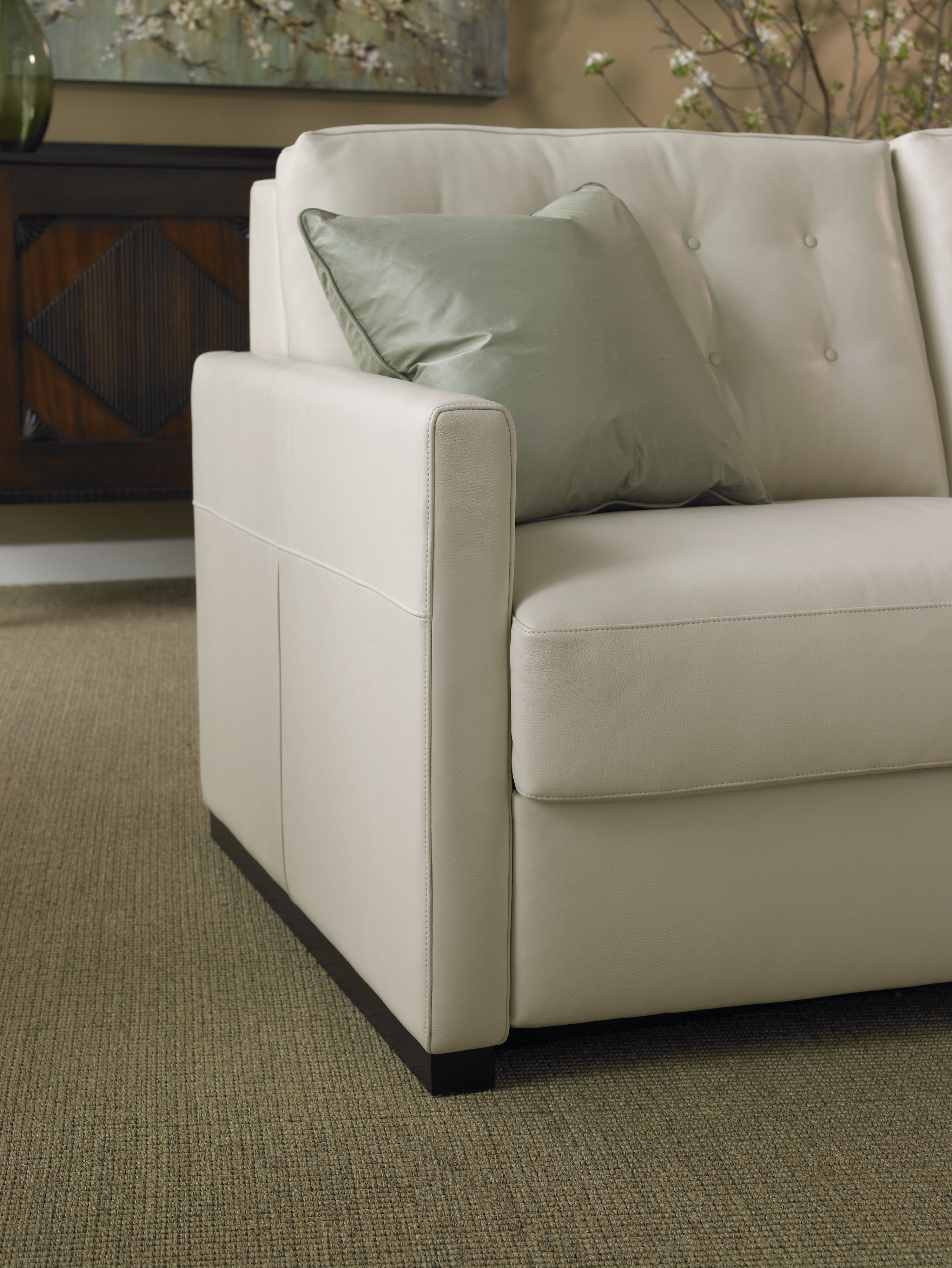 "I like the style of this leather sofa loveseat set ""Amazon"