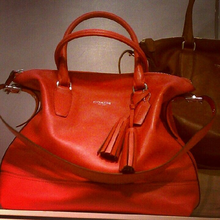 Love This Bag Have It In Dark Cherry Can See Why Was Voted The Most Por Coach