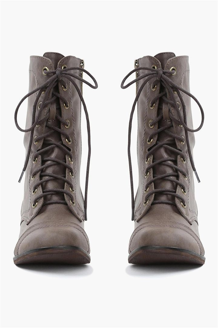 The Georgia Boot in Taupe