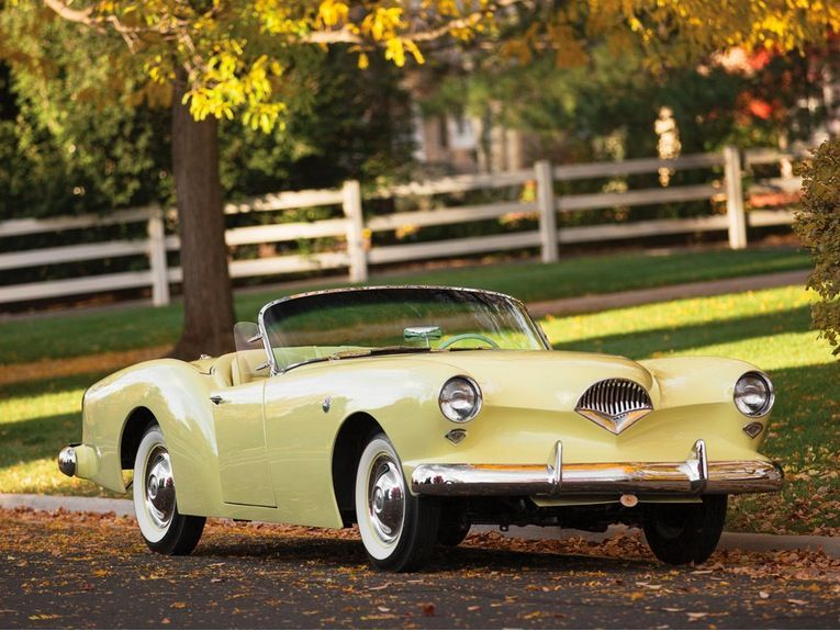 5 Of The Rarest And Raddest Motors Up For Auction Today Kaiser Vintage Cars Unique Cars