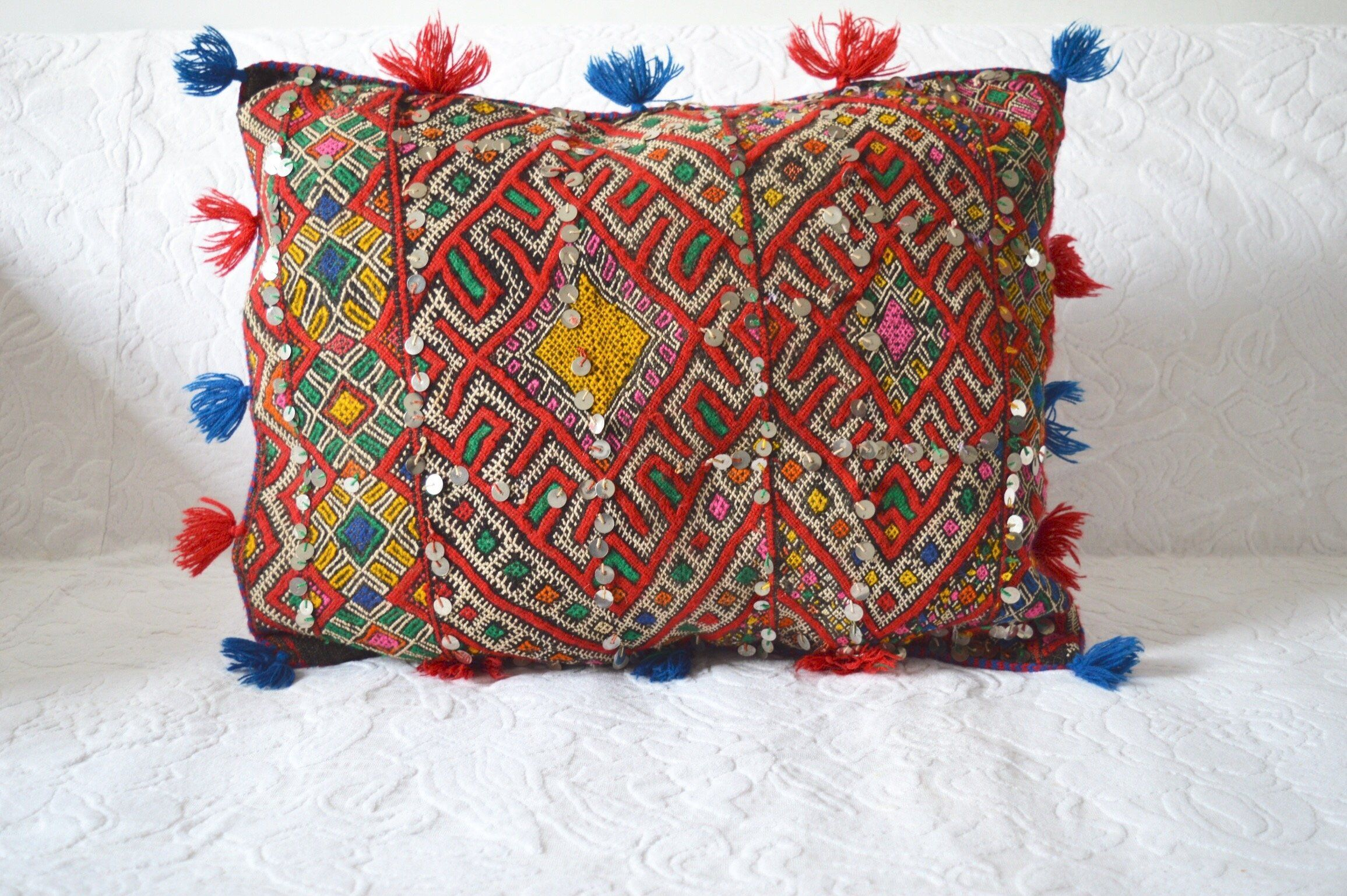 Beautiful Vintage Berber Kilim Pillow from Morocco