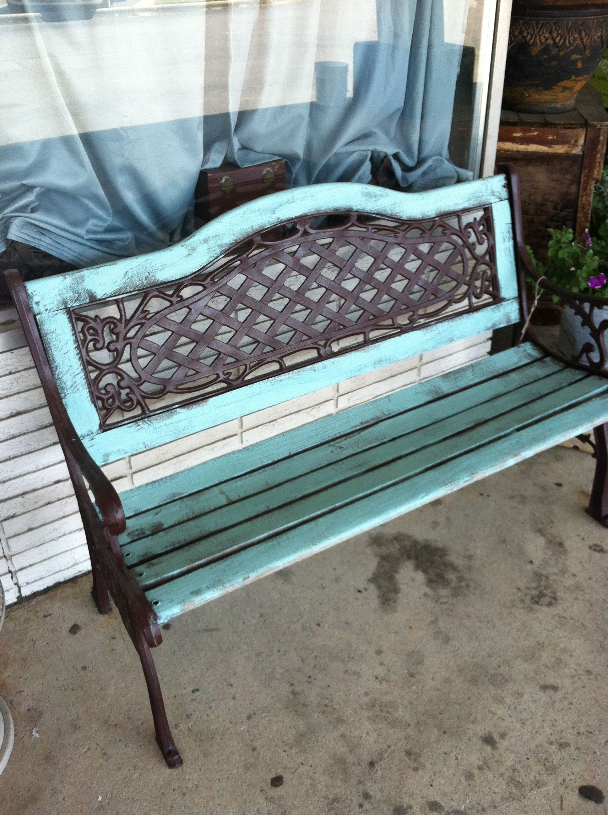Robin S Egg Blue Painted Garden Bench At The Robin S Nest Warner Robins Ga Painted Patio Garden Bench Bench Swing