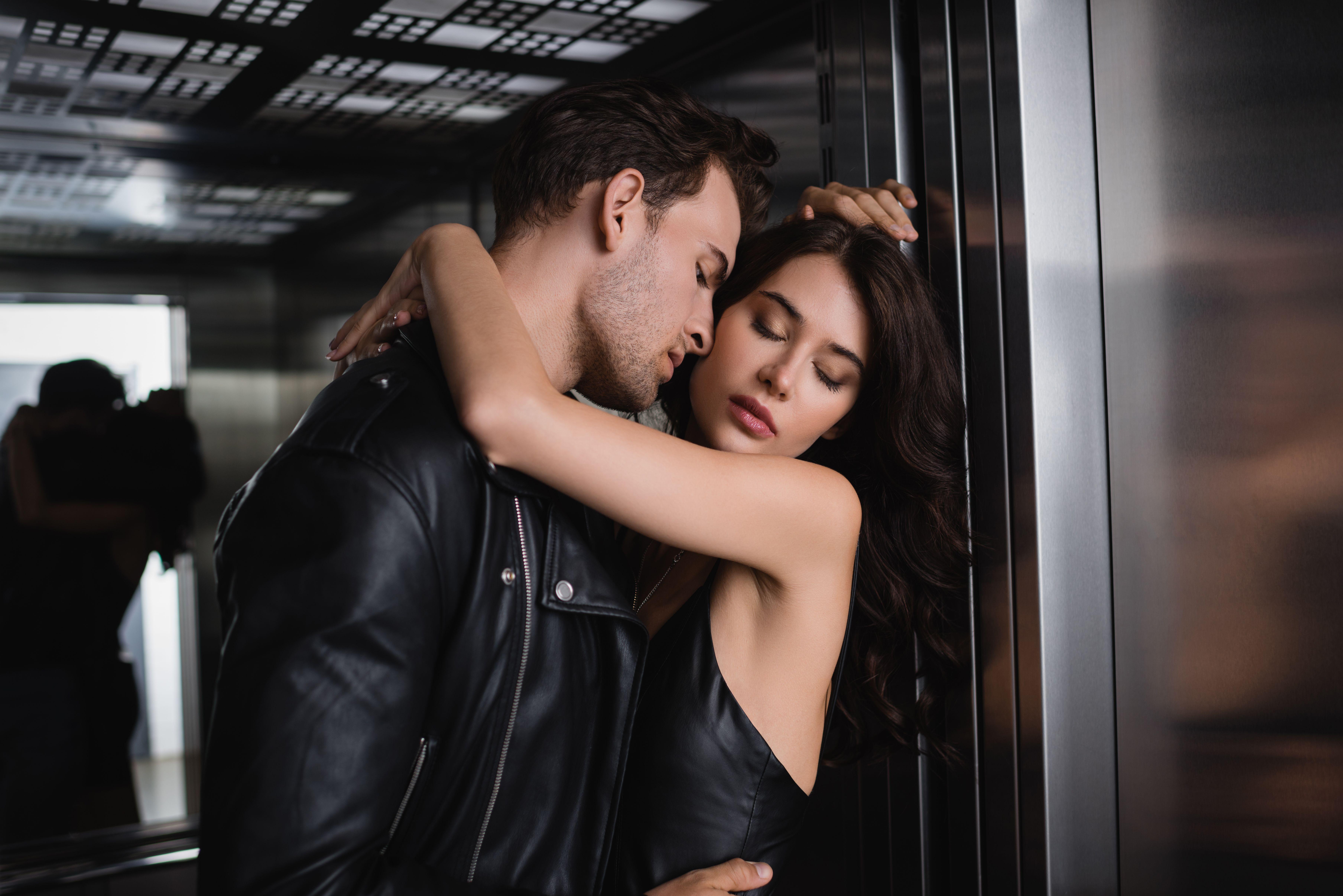 Site- ul gratuit de dating in Italia femeie singura caut barbat pecica
